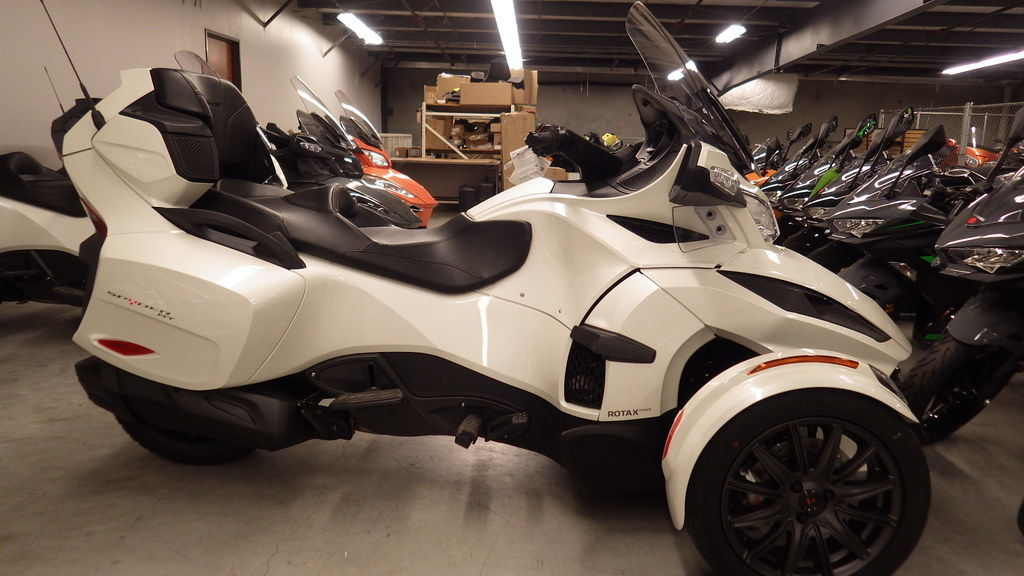 New 2019 Can-Am Spyder® RT 3-Wheel Motorcycle