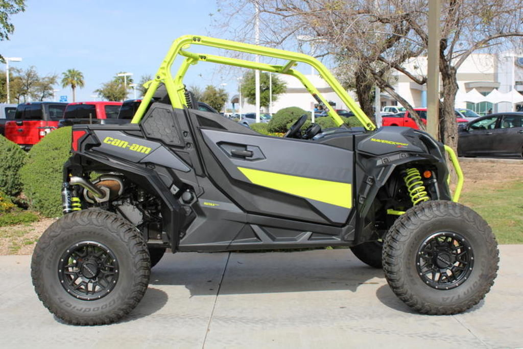 New 2020 Can-Am Maverick™ Sport X mr 1000R Side by Side