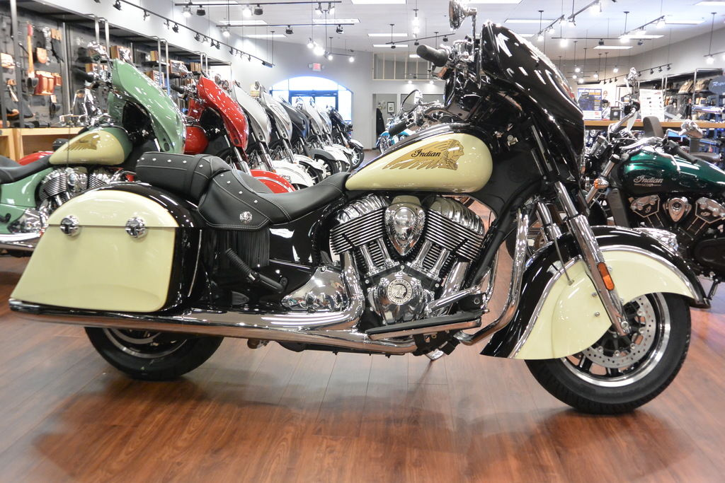 New 2019 Indian Motorcycle Chieftain® Classic Thunder Black / Ivory Cream Cruiser